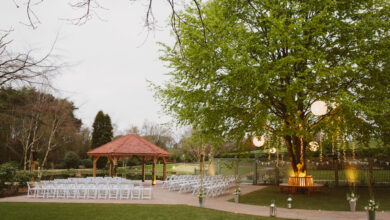 Moddershall Oaks Outside Wedding